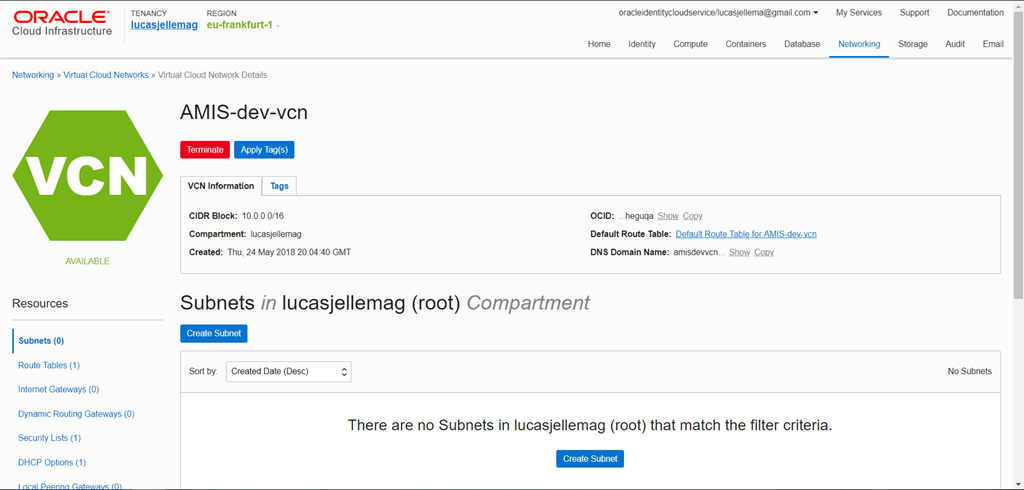 First steps with Oracle Kubernetes Engine–the managed